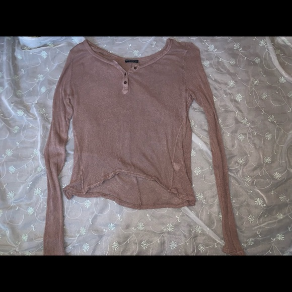 Brandy Melville Sweaters - Brandy Melville knitted long sleeve